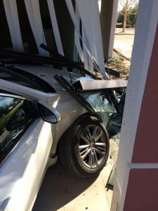 Car Crashes into Natomas School