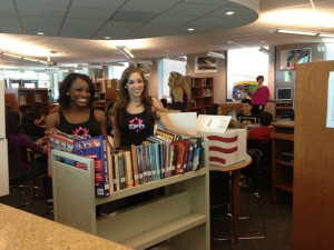 Kings Donate Books To Natomas Middle School