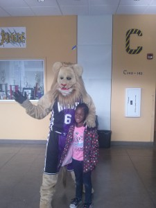 Natomas Cares: Kings Season of Giving Kicks Off