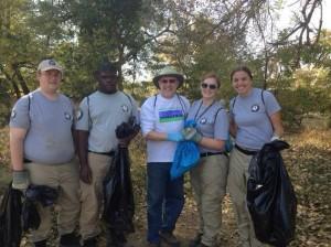 Volunteers Clean Up Parkway Near Northgate
