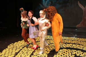 On Stage in Natomas: The Wizard of Oz, Jr.