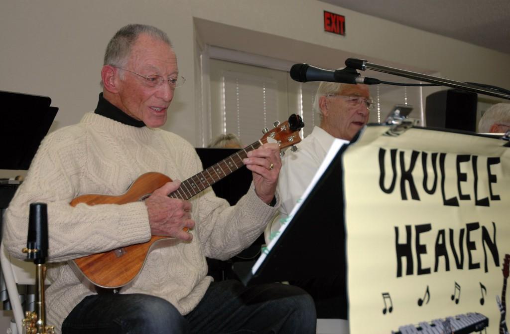 Ukulele Heaven Orchestra band leader and founder Ken McCaulou performs at a recent California Retired Teachers Association gathering. / Photo: Jennifer K. Morita