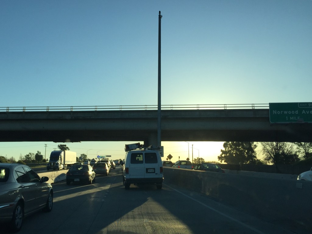 Typical eastbound I-80 commute when both express lanes are open. / Photo: NatomasBuzz.com