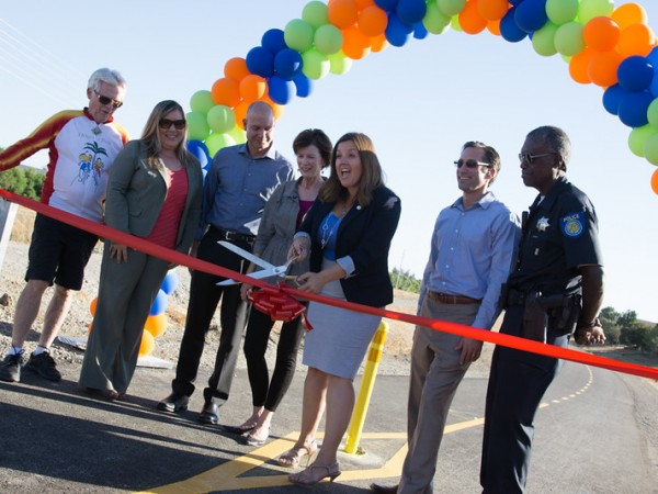 The ribbon-cutting festivities included remarks by NNTMA Board President, Derek Chernow; Councilmember Angelique Ashby; and Ofelia Avalos from the City of Sacramento Department of Public Works. / Photo: NNTMA