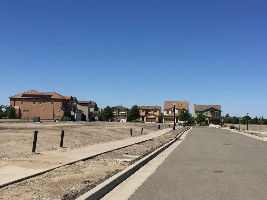 The unfinished Natomas Meadows development near Del Paso Roads and Gateway Park. / Photo: B. Tuzon-Boyd